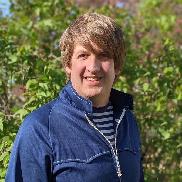Andy Thompson, Senior Graphic Designer for Digital Diagnosis Marketing
